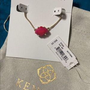 Red Kendra Scott necklace